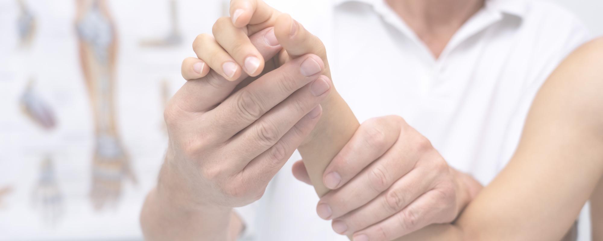 Handchirurgie, Karpaltunnelsyndrom, Knochenbruch Hand, Arzt Mallorca